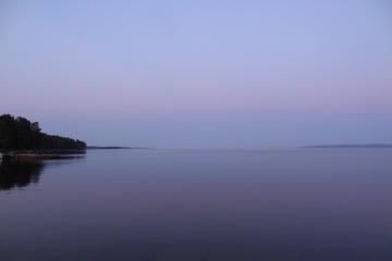 Вечереет на Онежском озере