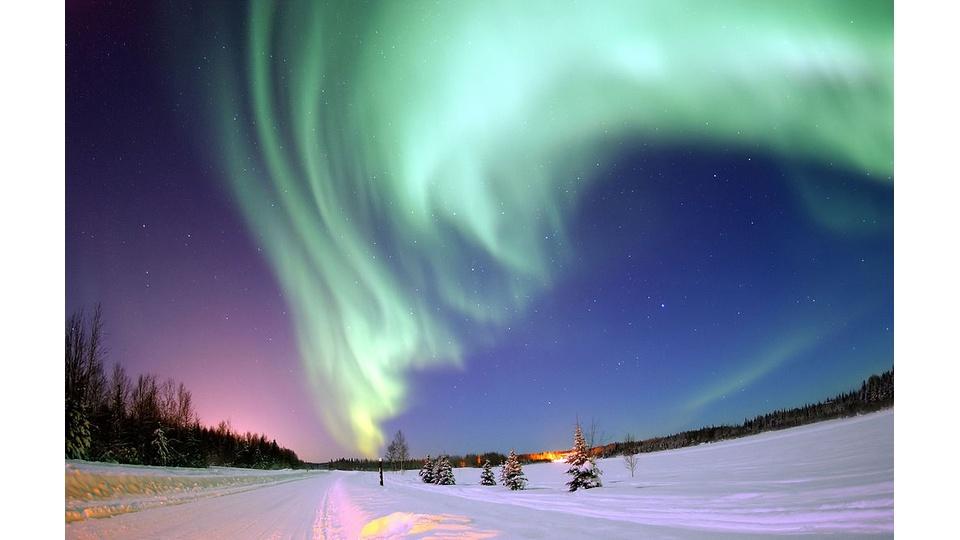 Отдых для ума: северное сияние