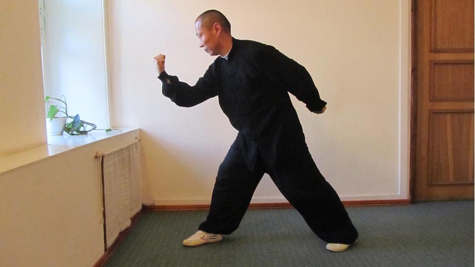 Комплекс цигун «Ицзиньцзин» - «Канон укрепления мышц и сухожилий»