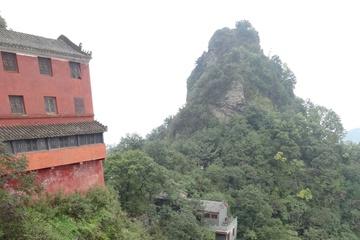 В монастыре на самом верху