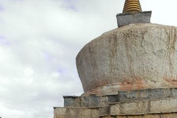 Ступа на территории монастыря Толинг (Тибет, 2015 г.)