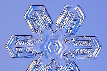 pica4u.ru_1213679585-snow-flakes-07.jpg