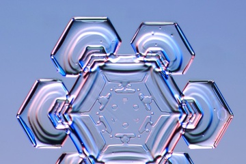 pica4u.ru_1213679576-snow-flakes-17.jpg