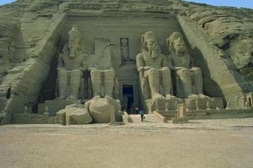 Egipet._Hram_Nefertiti.jpg