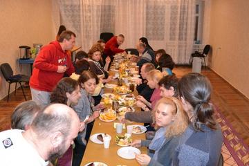 Прощальный вечер с Киевским тортом заслужили