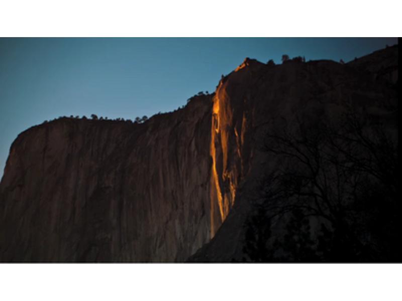 Йосемитский национальный парк, лунная радуга и ночное великолепие природы